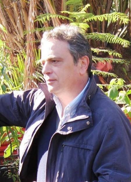 Bruno MENALE - Ricercatore di Botanica Sistematica (BIO/02) Dipartimento di Biologia - Università degli Studi di Napoli Federico II