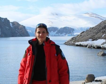 Angelina CORDONE - Ricercatore di Microbiologia (BIO/19) Dipartimento di Biologia - Università degli Studi di Napoli Federico II