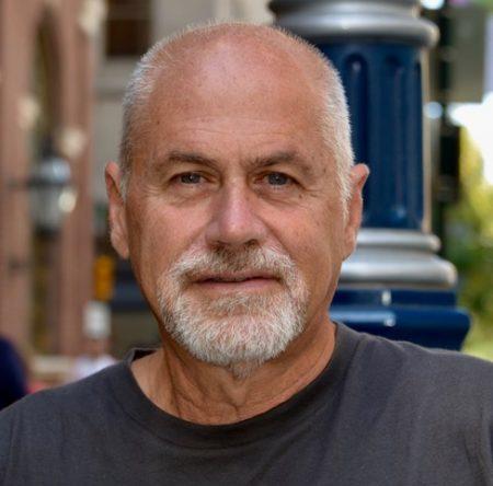 Riccardo TALEVI - Professore Associato di Anatomia Comparata e Citologia (BIO/06) Dipartimento di Biologia - Università degli Studi di Napoli Federico II