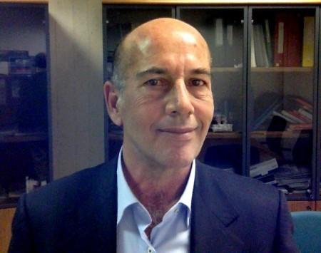 Roberto GUALTIERI - Professore Associato di Anatomia Comparata e Citologia (BIO/06) Dipartimento di Biologia - Università degli Studi di Napoli Federico II